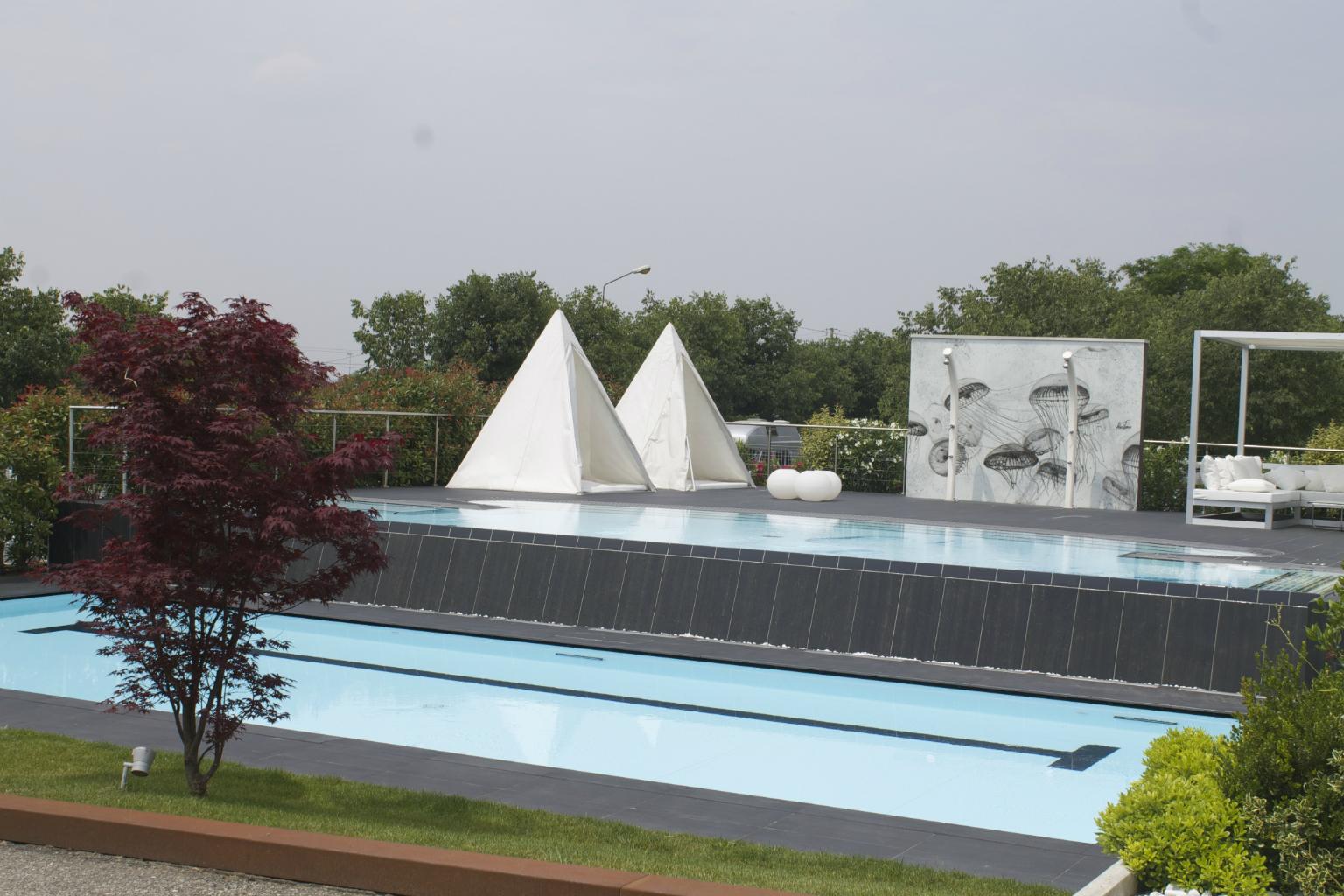 Piscine castiglione la tecnologia myrtha for Castiglione piscine