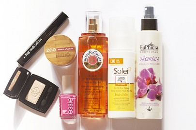 cosmetici-indispensabili-agosto