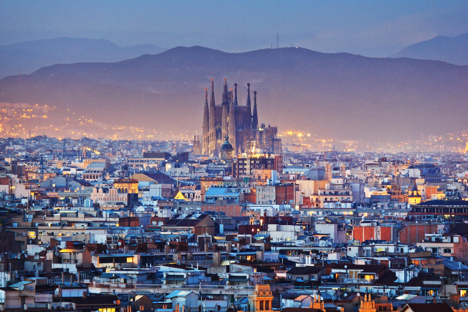 Barcelona y catalunya le mete che devi provare for Barcellona estate