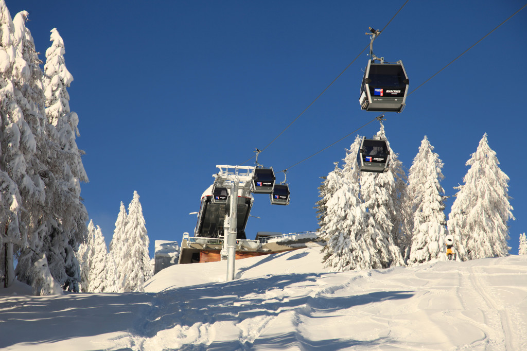 Winter_Kronplatz_lifts_copyright_TVB_Kronplatz_20091202_0556_Marchner-1024x682