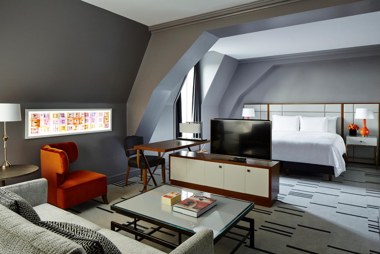 london_county_hall-balcony-suite