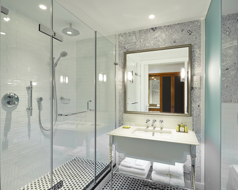 marriott-county-hall-bathroom