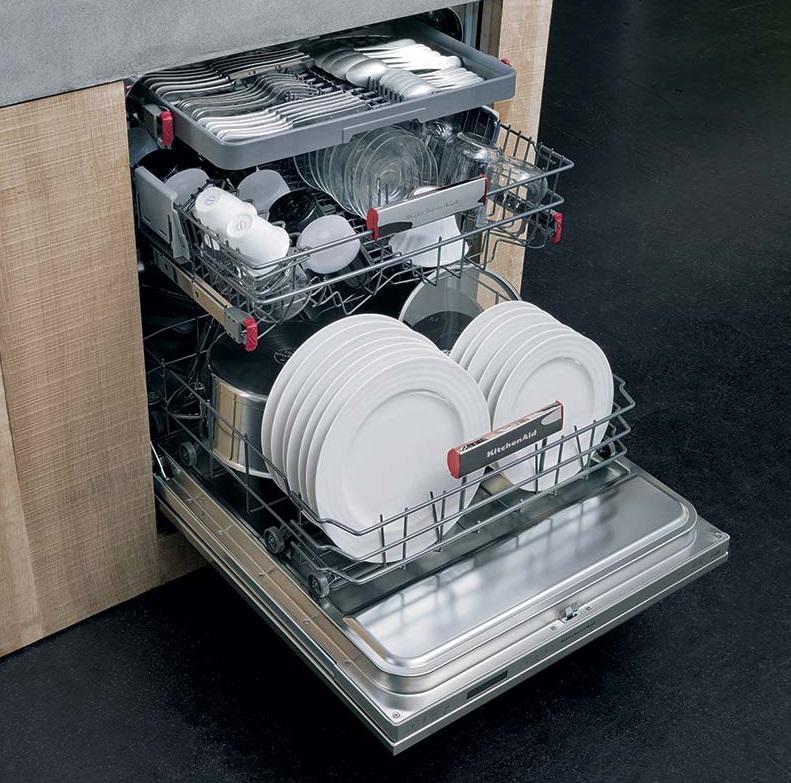 Lavastoviglie kitchenaid alleata per ordine e pulizia for Kitchenaid lavastoviglie