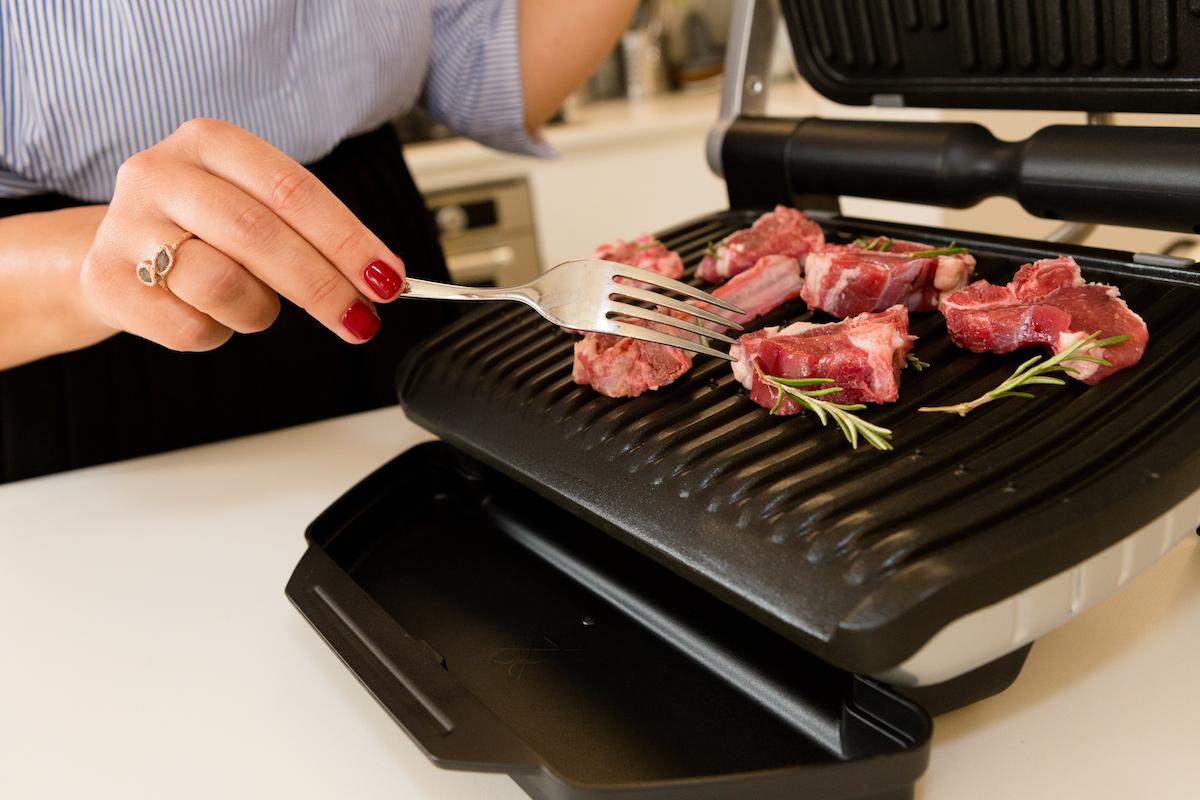 rowenta presenta optigrill il barbecue a casa tua